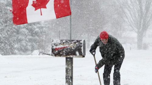 charles blizzard canada 130208 lead media image 1